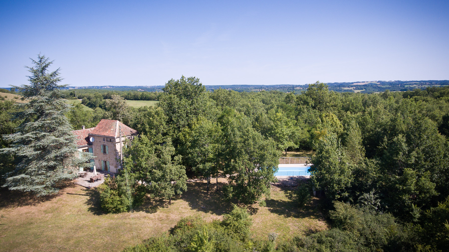 Mille Founs 2018 aerial house and pool